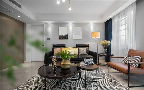 小户型老房卧室大,客厅小怎么改造才好?