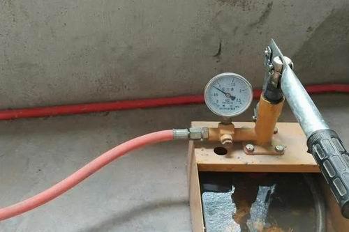 装修水管走顶 (2)